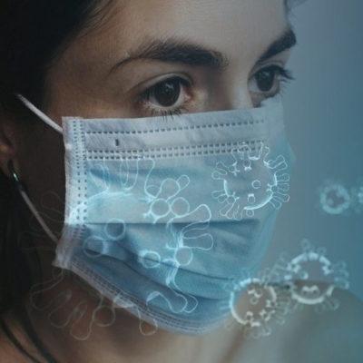 Mund-Nasen-Schutzmasken verhindern das Verbreiten von Viren, Bakterien und Keimen. Aufgrund von Covid-19 bzw. dem Coronavirus ist das Tragen einer Schutzmaske im öffentlichen Bereich vorgeschrieben. Diese Einwegmasken sind für jedermann einfach zu handhaben, beachten Sie jedenfalls unsere Hinweise zum Tragen von Schutzmasken.