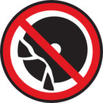 Niemals defekte oder beschädigte Werkzeuge verwenden