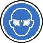Persönliche Schutzausrüstung - Schutzbrille tragen